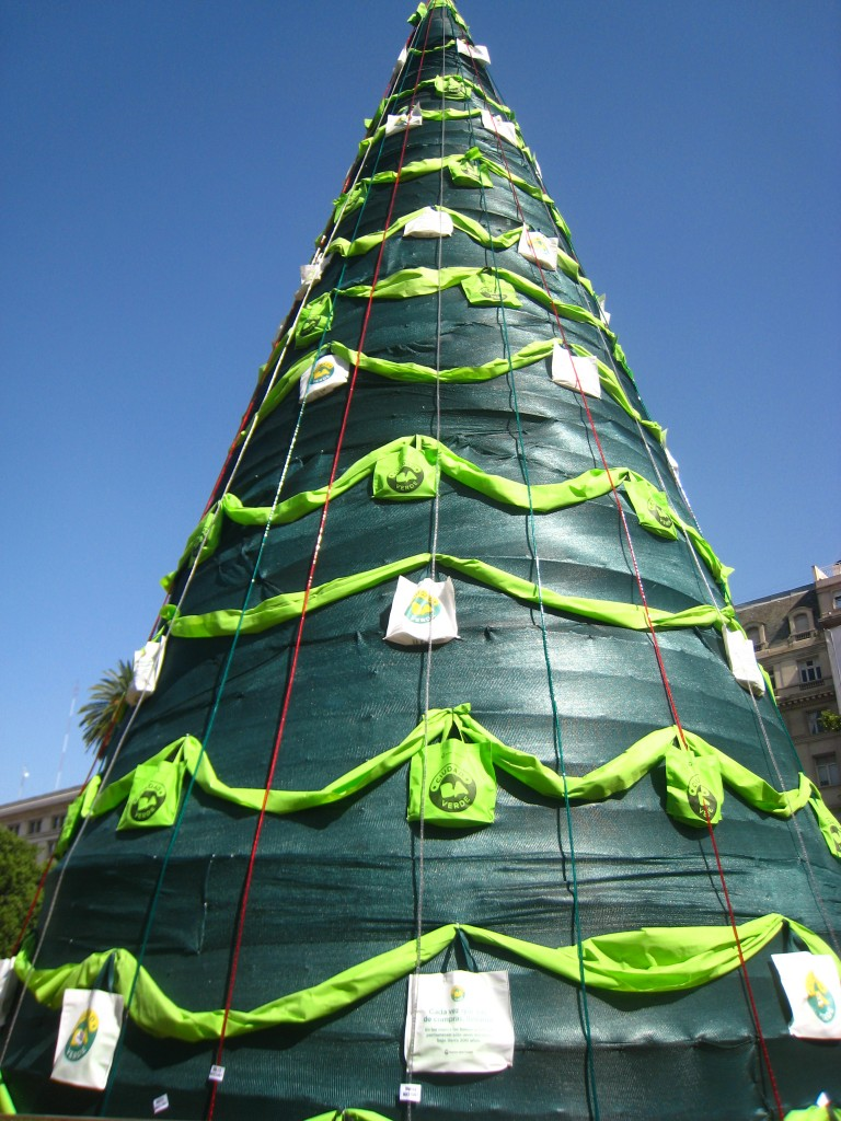 Christmas Tree in the park near Casa Rosada